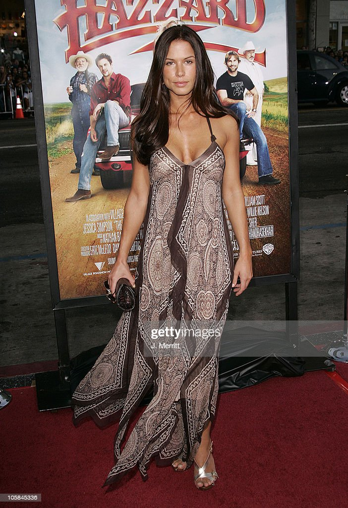 Rhona Mitra during 'The Dukes Of Hazzard' Los Angeles Premiere - Arrivals at Grauman's Chinese Theatre in Hollywood, California, United States.