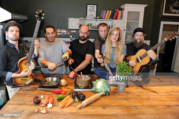 Rhonda bei Cooking con Concert Event im Rahmen des Reeperbahnfestivals 2016 Musikfestival in den Clubs um die Hamburger Reeperbahn vom 2109 Konzert...