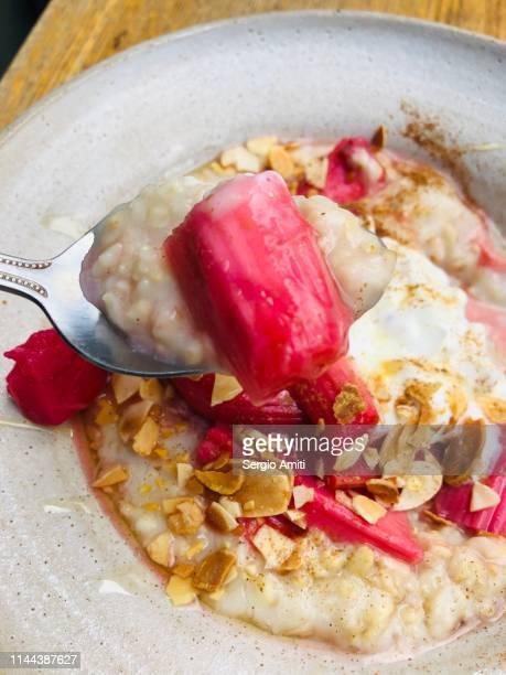 Rhubarb, Cardamom Yoghurt and Almonds porridge