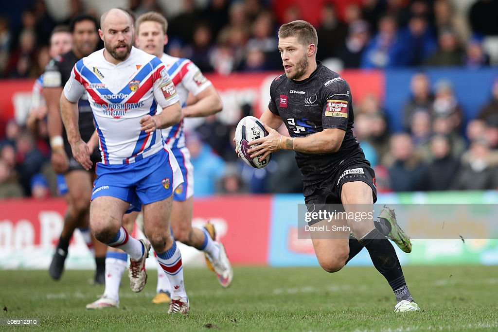 Wakefield Wildcats v Widnes Vikings - First Utility Super League : News Photo