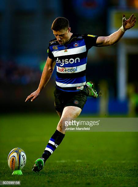 Rhys Priestland of Bath kicks a penalty during the Aviva Premiership match between Bath Rugby and Worcester Warriors at the Recreation Ground on...