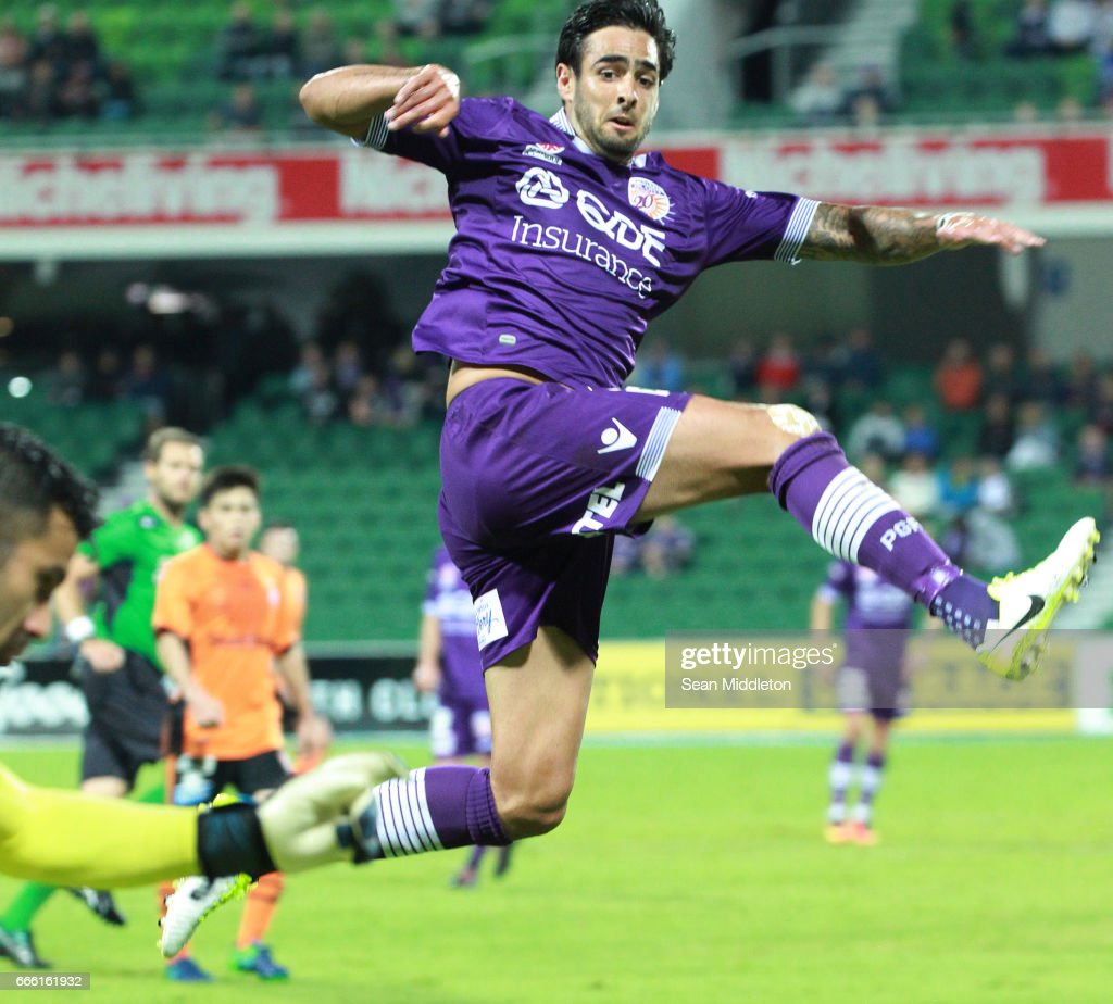 Rhys Williams #5 of the Glory during the round 26 A-League match between the Perth Glory and Brisbane Roar at nib Stadium on April 8, 2017 in Perth, Australia.