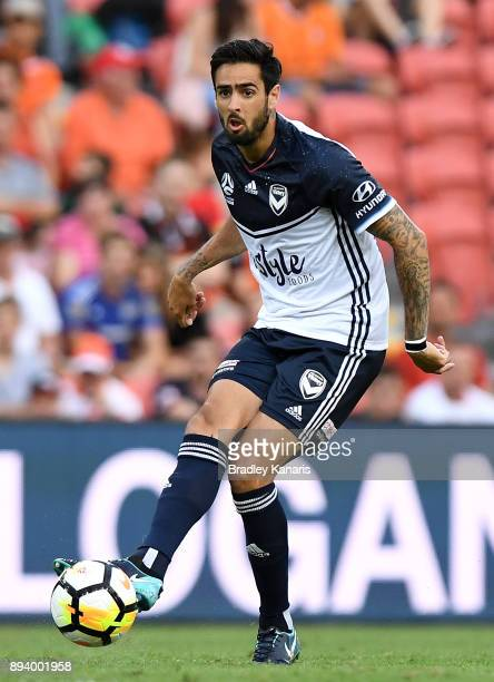 Rhys Williams of the Victory looks to pass during the round 11 ALeague match between the Brisbane Roar and the Melbourne Victory at Suncorp Stadium...