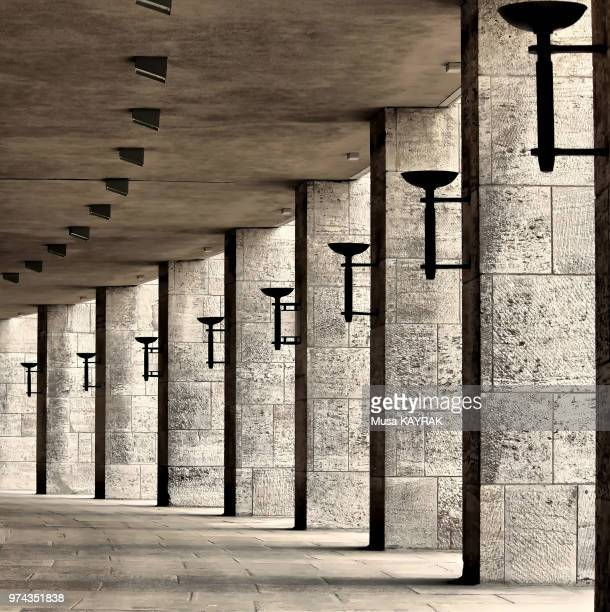 rhythm & beauty - olympiastadion berlin stock pictures, royalty-free photos & images