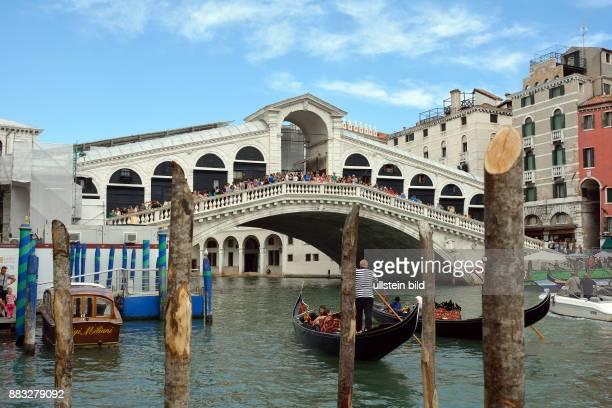 Venice Veneto Italy September 5 2016 Rialto Bridge at the Grand Canal of Venice in Italy