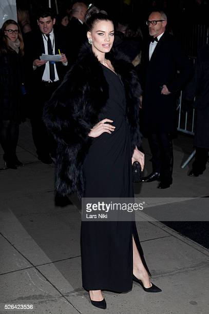 Rianne ten Haken attends the '2016 amfAR' New York Gala outside arrivals at Cipriani Wall Street in New York City �� LAN