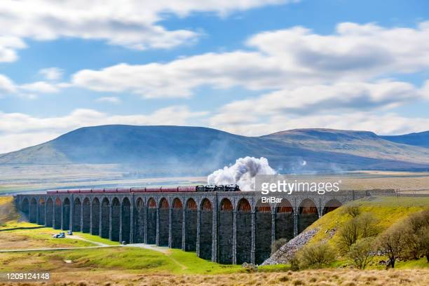 ribblehead viaduct, yorkshire dales, england, uk - north yorkshire stock pictures, royalty-free photos & images