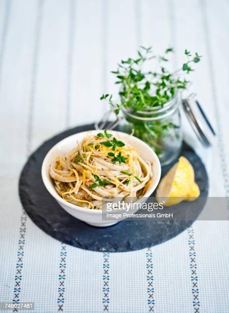 ribbon noodles with lemon pesto - ピストー ストックフォトと画像