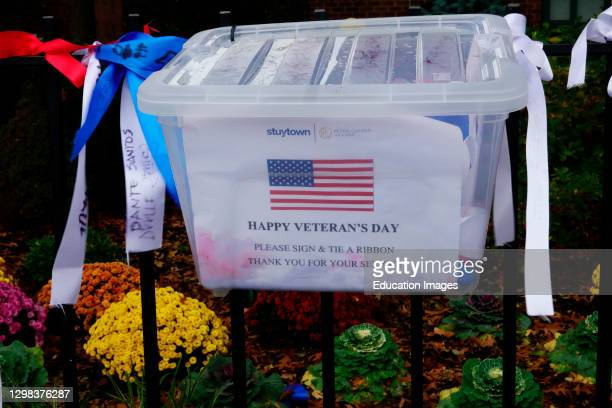 Ribbons available to honor Veterans .
