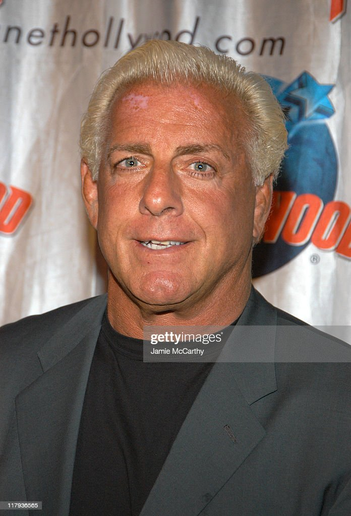 """WWE Superstar Ric Flair Signs Copies of his New Autobiography """"To Be The Man"""""""