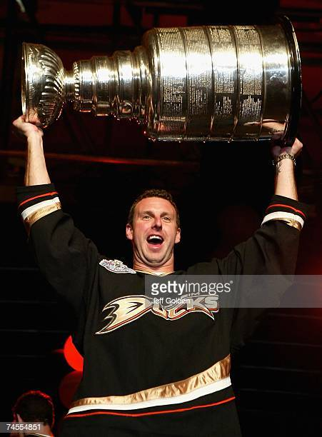 Ric Jackman of the Anaheim Ducks celebrates winning the 2007 Stanley Cup onstage during the 'Anaheim Ducks Stanley Cup Victory Celebration' on June 9...