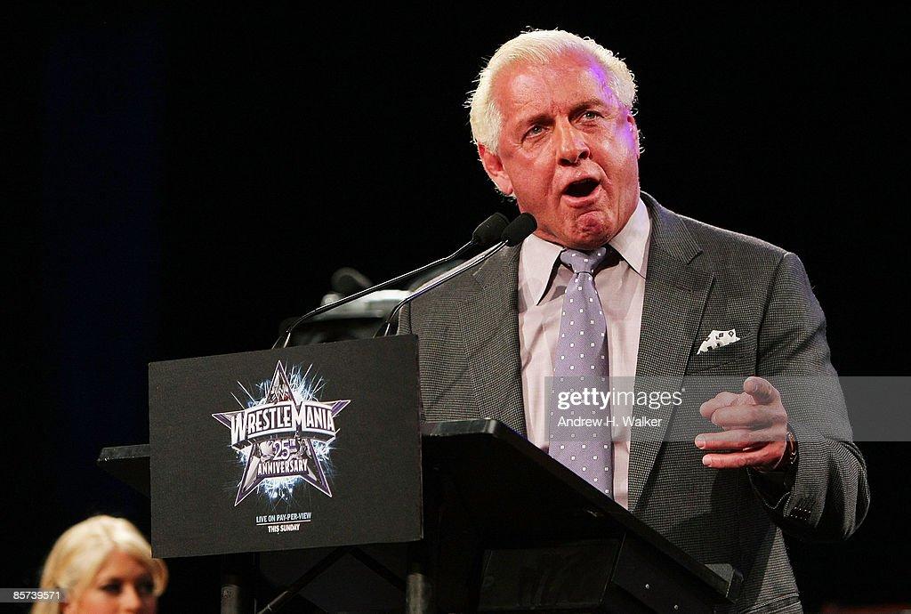 WrestleMania 25th Anniversary Press Conference : News Photo