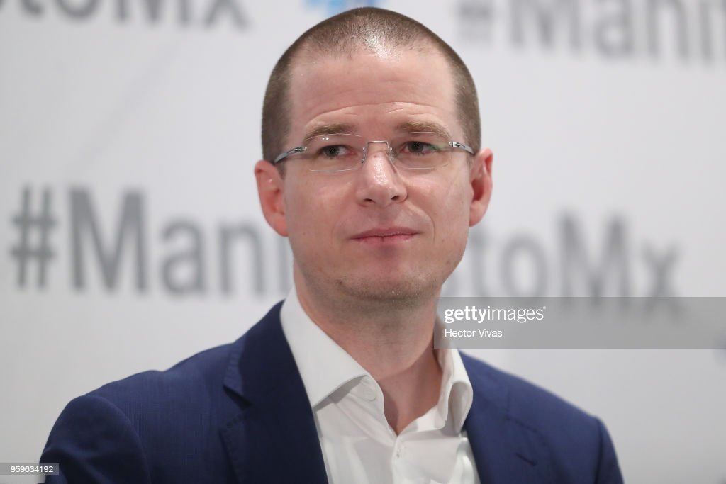 Ricardo Anaya, 'Mexico al Frente' Coalition presidential candidate, gestures during a conference as part of the 'Dialogues: Mexico Manifesto' Event at Hilton Hotel on May 16, 2018 in Mexico City, Mexico.