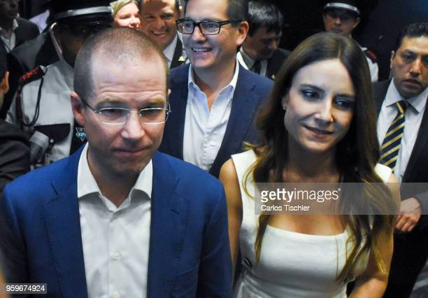 Ricardo Anaya 'Mexico al Frente' Coalition presidential candidate walks with his wife Carolina Martinez during a conference as part of the 'Dialogues...