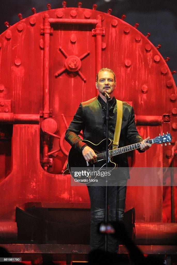 Ricardo Arjona In Concert - Orlando, Florida