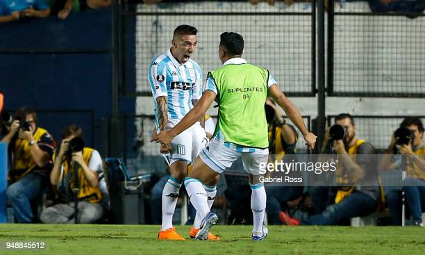 Ricardo Centurión of Racing Club celebrates after scoring the first goal of his team during a match between Racing Club and Vasco da Gama as part of...