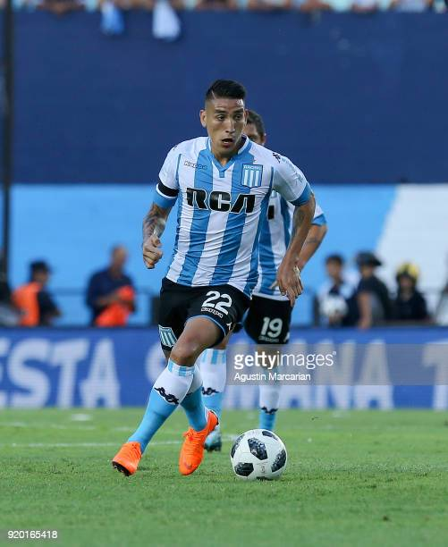 Ricardo Centurion of Racing Club controls the ball during a match between Racing Club and Lanus as part of Argentine Superliga 2017/18 at Estadio...
