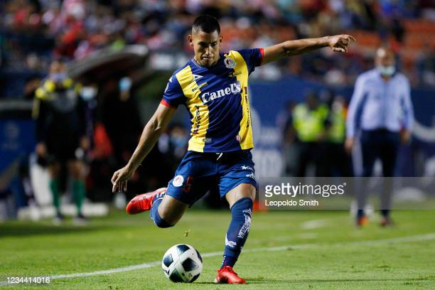 Ricardo Chavez of Atletico San Luis shoots during the second round match against Queretaro in the Torneo Grita Mexico A21 Liga MX at Estadio Alfonso...