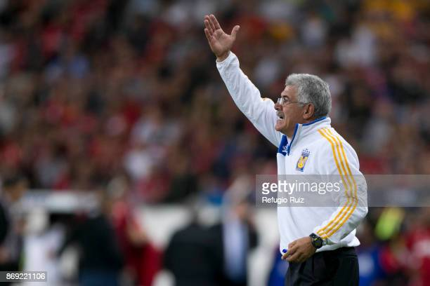 Ricardo Ferretti coach of Tigres gives instructions to his players during the 8th round match between Atlas and Tigres UANL as part of the Torneo...
