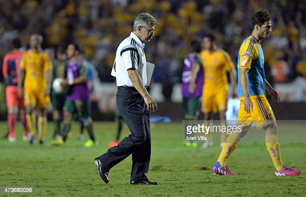 Ricardo Ferretti coach of Tigres leaves the field after a quarterfinal second leg match between Tigres UANL and Santos Laguna as part of Clausura...