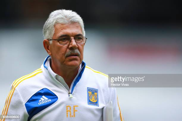 Ricardo Ferretti coach of Tigres looks on during the 6th round match between America and Tigres UANL as part of the Torneo Apertura 2017 Liga MX at...