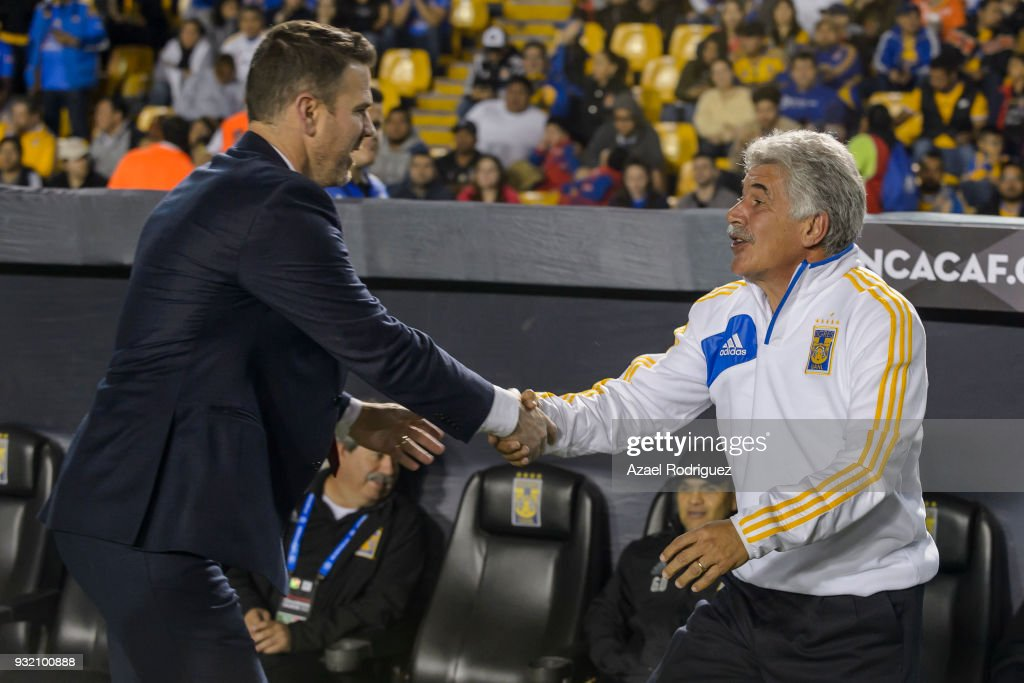 Ricardo Ferretti, coach of Tigres, shake hands with Greg Vanney, coach of Toronto prior the quarterfinals second leg match between Tigres UANL and Toronto FC as part of the CONCACAF Champions League 2018 at Universitario Stadium on March 13, 2018 in Monterrey, Mexico.