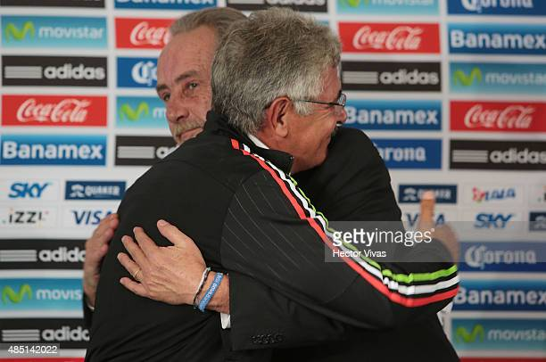 Ricardo Ferretti head coach of Mexico and Decio de Maria President of FEMEXFUT hug during a press conference to unveil him as new coach of Mexico at...