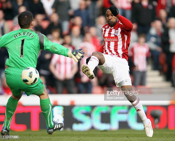Ricardo Fiuller of Stoke City scores during the Barclays Premier League match between Stoke City and Newcastle United at Britannia Stadium on March...
