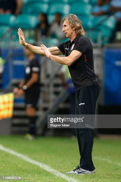 Ricardo Gareca head coach of Peru gives instructions to his players during the Copa America Brazil 2019 quarterfinal match between Uruguay and Peru...