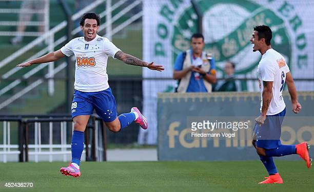 Ricardo Goulart of Cruzeiro celebrates scoring the first goal during the match between Palmeiras and Cruzeiro for the Brazilian Series A 2014 at...