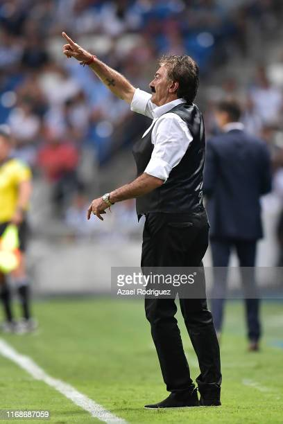 Ricardo La Volpe coach of Toluca gives instructions during the 5th round match between Monterrey and Toluca as part of the Torneo Apertura 2019 Liga...
