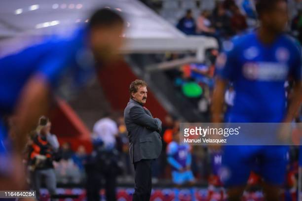 Ricardo La Volpe coach of Toluca looks on during the 2nd round match between Cruz Azul and Toluca as part of the Torneo Apertura 2019 Liga MX at...