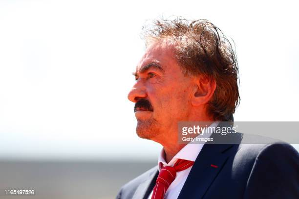 Ricardo La Volpe Head Coach of Pumas looks during the 8th round match between Pumas UNAM and Toluca as part of the Torneo Apertura 2019 Liga MX at...