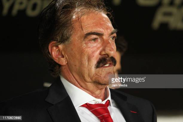 Ricardo La Volpe Head Coach of Toluca observes the game during the 7th round match between Necaxa and Toluca as part of the Torneo Apertura 2019 Liga...