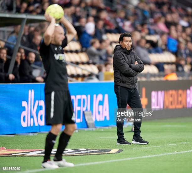 Ricardo Moniz head coach of Randers FC looks on during the Danish Alka Superliga match between FC Nordsjalland and Randers FC at Right to Dream Park...