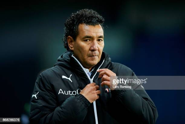 Ricardo Moniz head coach of Randers FC looks on during the Danish Alka Superliga match between Brondby IF and Randers FC at Brondby Stadion on...