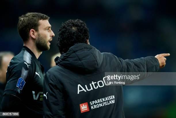 Ricardo Moniz head coach of Randers FC speaks to Kevin Conboy of Randers FC during the Danish Alka Superliga match between Brondby IF and Randers FC...