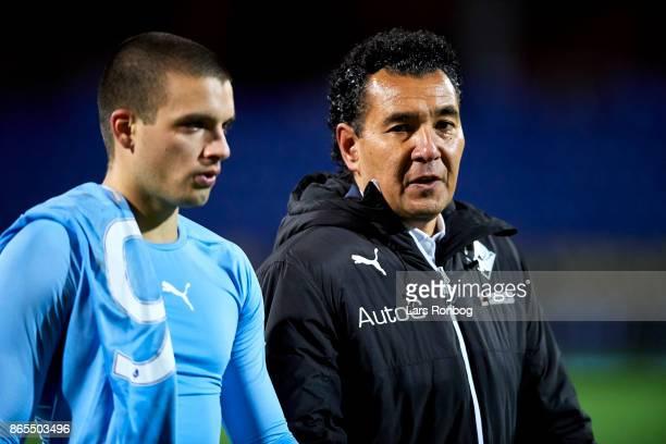 Ricardo Moniz head coach of Randers FC speaks to Vladimir Rodic of Randers FC after the Danish Alka Superliga match between Randers FC and AaB...