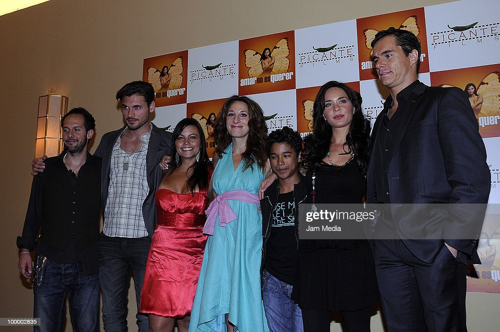 Ricardo Palacio, Adan Canto, Khistian Claussen, Monica Huarte, Benny Morales, Adriana Louvier and Tony Dalton pose for a photograph during a press conference to present the movie 'Amar no es Querer' at Marriot Hotel on May 19, 2010 in Mexico City, Mexico.
