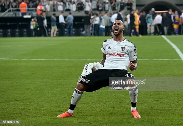 Ricardo Quaresma of Besiktas celebrates their victory after the Turkish Spor Toto Super Lig soccer match between Besiktas JK and Osmanlispor at...