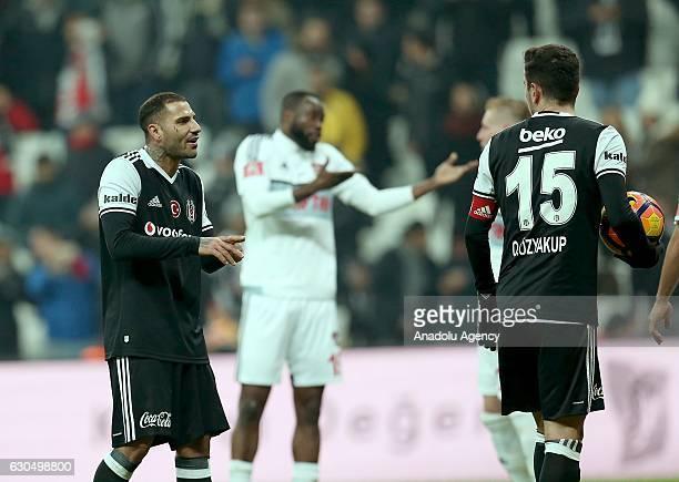 Ricardo Quaresma of Besiktas talks with his teammate Oguzhan Ozyakup during the Turkish Spor Toto Super Lig match between Besiktas and Gaziantepspor...