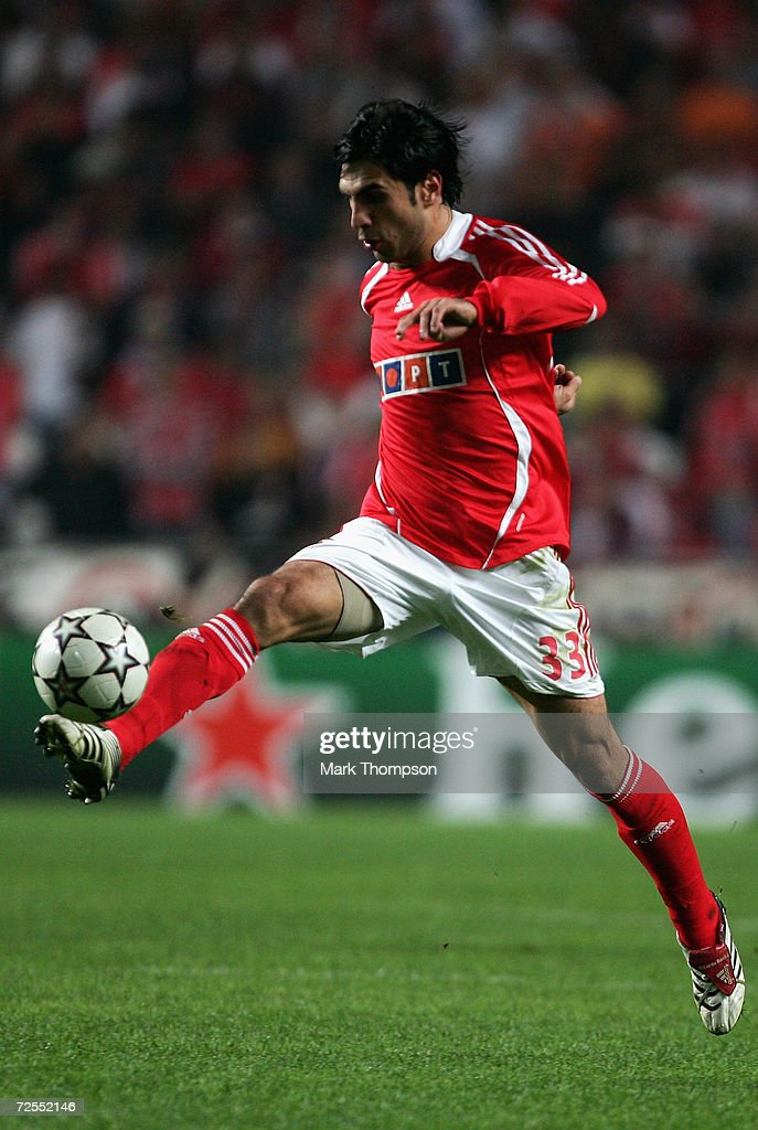 Ricardo Rocha of Benfica in action during the UEFA Champions League group A match between Benfica and Celtic at the Estadio da Luz on November 1, 2006 in Lisbon, Portugal.