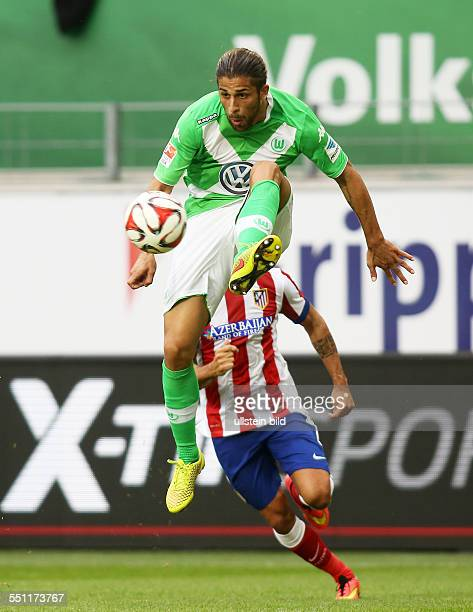 Ricardo Rodriguez, Einzelbild, Aktion , VfL Wolfsburg, Testspiel Freundschaftsspiel, Bundesliga DFL, Sport, Fußball Fussball, Volkswagen Arena...
