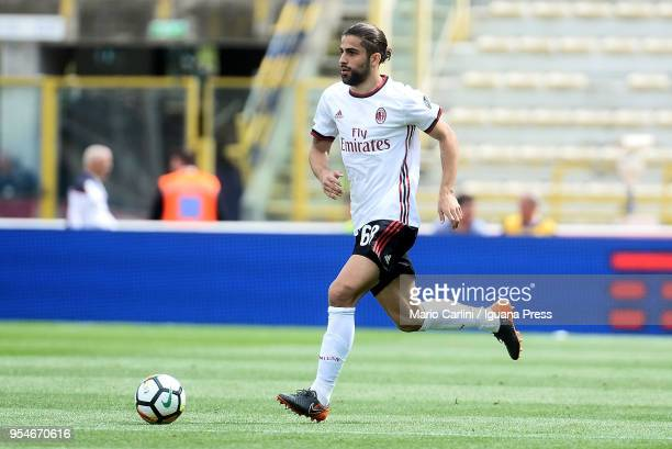 Ricardo Rodriguez of AC Milan in action during the serie A match between Bologna FC and AC Milan at Stadio Renato Dall'Ara on April 29 2018 in...