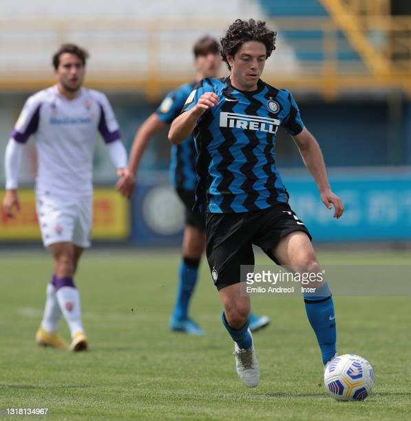 Riccardo Boscolo Chio of FC Internazionale in action during the Primavera 1 TIM match between FC Internazionale U19 and ACF Fiorentina U19 at Stadio...