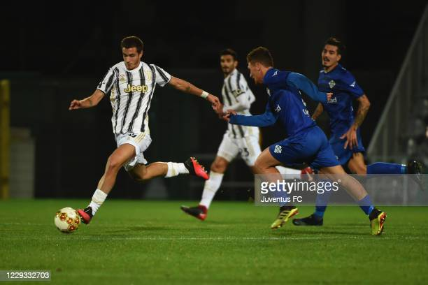 Riccardo Capellini of Juventus U23 in action during the Serie C match between Juventus U23 and Como at Stadio Giuseppe Moccagatta on October 28, 2020...