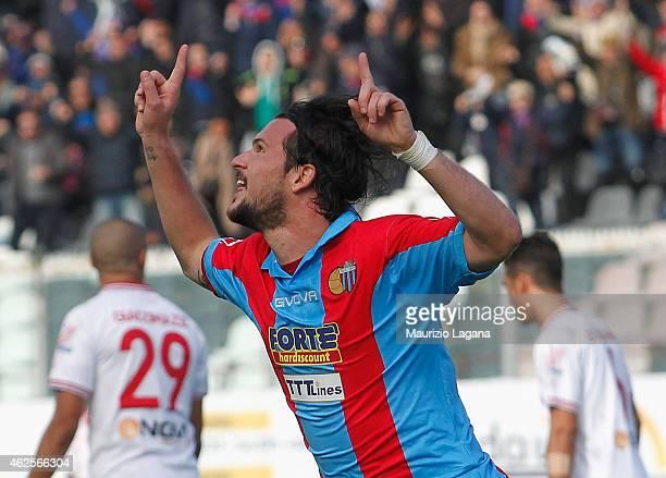 Riccardo Maniero of Catania celebrates after scoring his team's opening goal during the Serie B match between Calcio Catania and AC Perugia at Stadio...