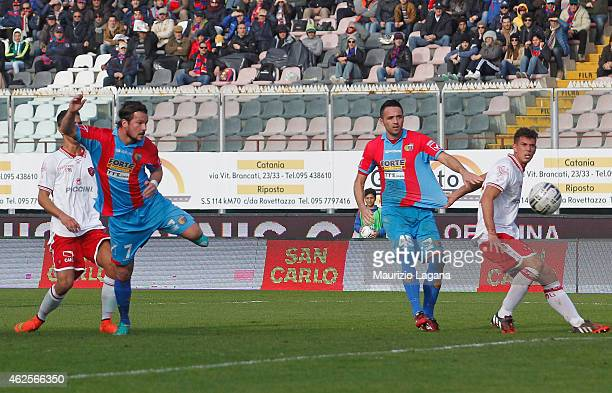 Riccardo Maniero of Catania scores the opening goal during the Serie B match between Calcio Catania and AC Perugia at Stadio Angelo Massimino on...