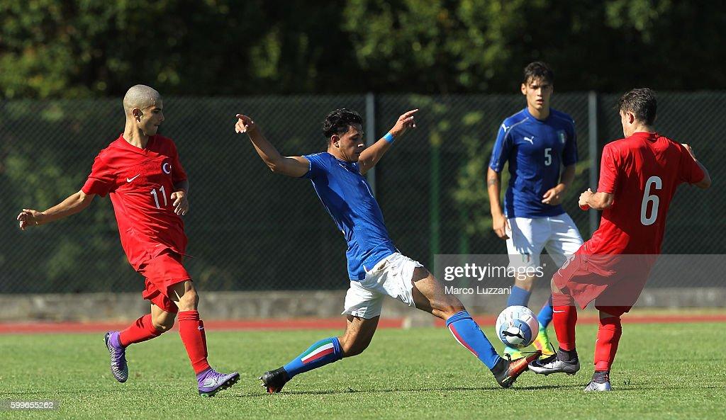Italy U19 v Turkey U19 - International Friendly : News Photo
