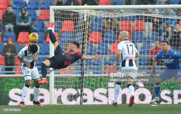 Riccardo Orsolini of Bologna FC attempts an overhead kick during the Serie A match between Bologna FC and Udinese Calcio at Stadio Renato Dall'Ara on...